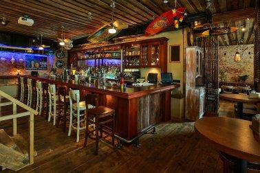 Black Hat Bar. Тики-бар. Москва.